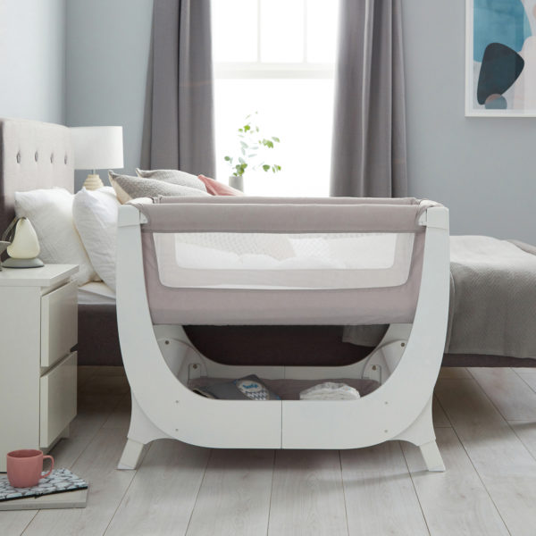 shnuggle-air-bedside-crib-dove-2